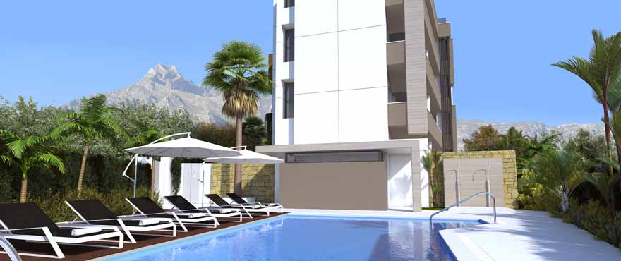 royal banus outside and pool.jpg (55 KB)